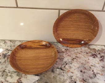 Small quarter-sawn oak plates/coasters