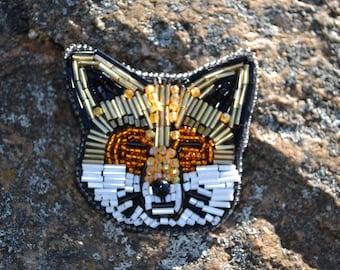 Beaded brooch Fox
