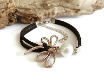 Suede and Dragonfly bracelet