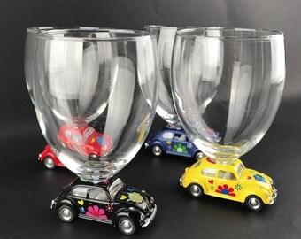 4 Gläser geklebt, kleine Dachterrasse Auto.  Perfektes Geschenk für Liebhaber des Volkswagen Käfer Kollektion!