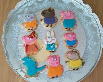 Peppa Pig iced biscuits   cookies birthday gift