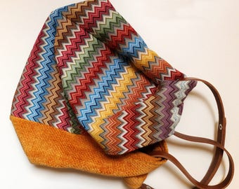 Gobelin Fabric bag + chenille shoulder/hand-colored solar, leather handle.