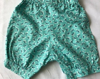 Girls floral bloomers size 0-3m.