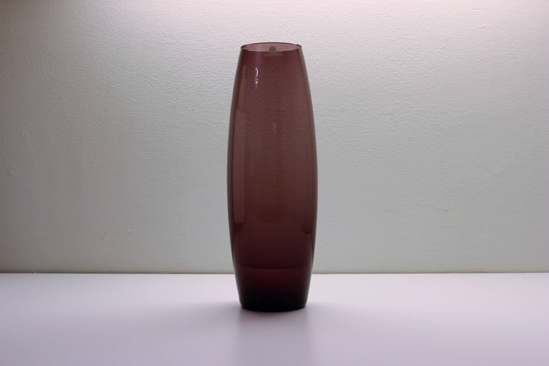 Tapio wirkkala purple glass flower vase hand blown vintage tapio wirkkala purple glass flower vase hand blown vintage decorative design glass 1960s reviewsmspy
