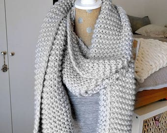 Chunky Knit Super Scarf - Oversized Knitted Long in Grey
