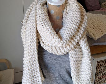 Chunky Knit Super Scarf - Oversized Knitted Long in Cream