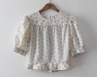 vintage 1960s blouse // 60s floral top
