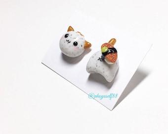 Four sushi selection and Cat earrings :  Salmon sushi/ Tuna sushi/ Eel sushi/ Egg sushi
