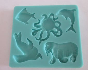 Silicone mold to make sea animals