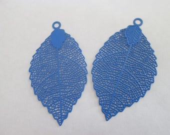 2 prints blue leaf 54 x 30 mm metal