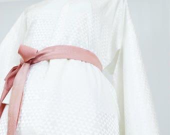 Vintage Silk Kimono Robe - Women's clothing/silk robe/white robe/bridal robe/dressing gown/boho kimono/bridesmaid robe/kimono cardigan