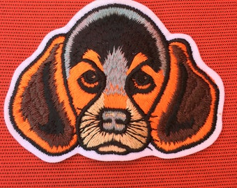 Adorable BEAGLE Fox Hound Dog Head PATCH Detailed Mint Condition DOG