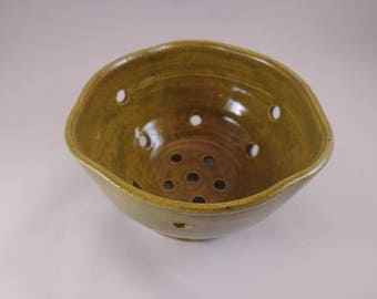 Colander, berry colander, green colander, pottery, stoneware, berry strainer, ceramic strainer, ceramic berry colander