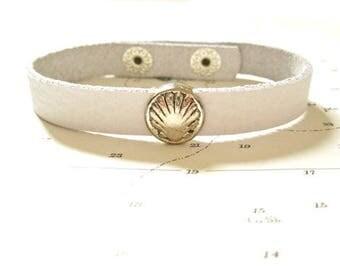Camino de Santiago concha scallop shell charm bracelet