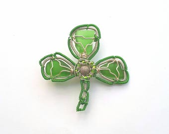 Irish, Shamrock Pin,shamrock brooch,sea glass shamrock,Irish shamrock,shamrocks,st Patrick's day gift,Irish pin,Celtic pin.green pin