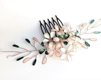 Hair comb with small paint flowers