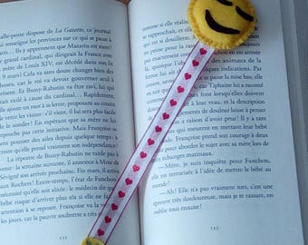 yellow smiley emoji bookmark