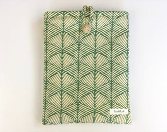 Sea Grass BookBud book sleeve