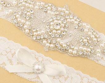 SALE Wedding Garter Set bridal garter White Lace Bridal Garter Set Crystal Pearl Garter Set Vintage Garter White Lace Keepsake Custom Garter