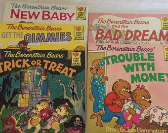 5 Vintage Berenstain Bears books!