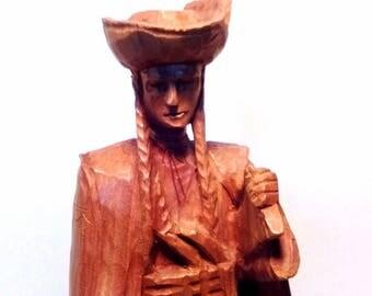 European Wood Carving Nobleman / Hunter / Traditional Custom Culture Local Dress / Vintage