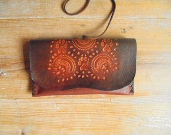 """Magic des Loups"" tobacco tooled vegetable tanned leather"