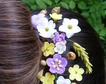 Headdress of wild flowers, peinecillo flowers, Wedding Hair Comb, Bridal headpiece, Wedding headpiece, Floral headpiece, bridal hair comb