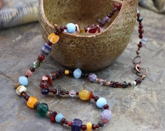 "Viking inspired necklace, 21.5"", multicolored, glass beads, copper lobster clasp and twisted rings, N075"