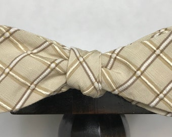 Textured Men's bow tie, self-tie handmade and adjustable from upcycled and repurposed material  // checked // ReTied