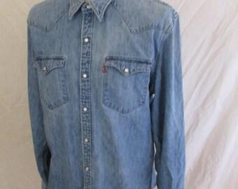 Denim Levi's Blue Size XL shirt to-53%