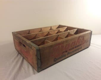 1975 Franks Quality Beverage Soda Crate