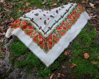 Russian shawl White floral shawl Folk shawl  Vintage Shawl Boho Wedding Shawl Traditional Russian Shawl Vintage Flower Shawl Folk USSR