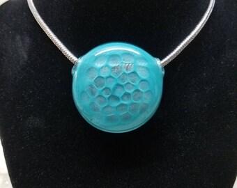 Honeycomb hollow glass pendant