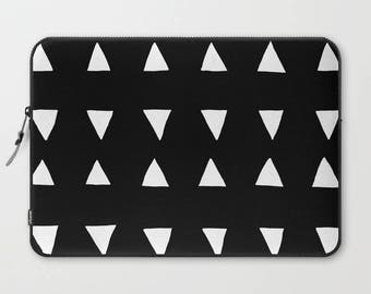 Black and White Laptop Sleeve, Laptop Cover, Sleeve, Laptop Sleeve 13, Laptop Sleeve 15, MacBook Sleeve 13, Laptop Sleeve 13 inch, Triangles