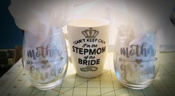 Mother of the bride , groom, stepmom glasses (choose)