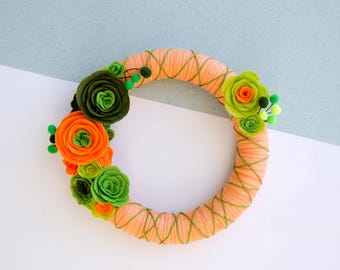 Flower wreath (variety of colours)