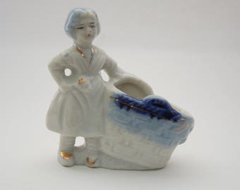 Girl figurine Made in Occupied Japan