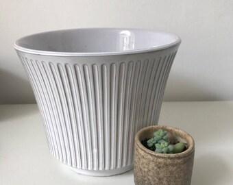 Vintage large sized planter white - Germany or Netherlands produced