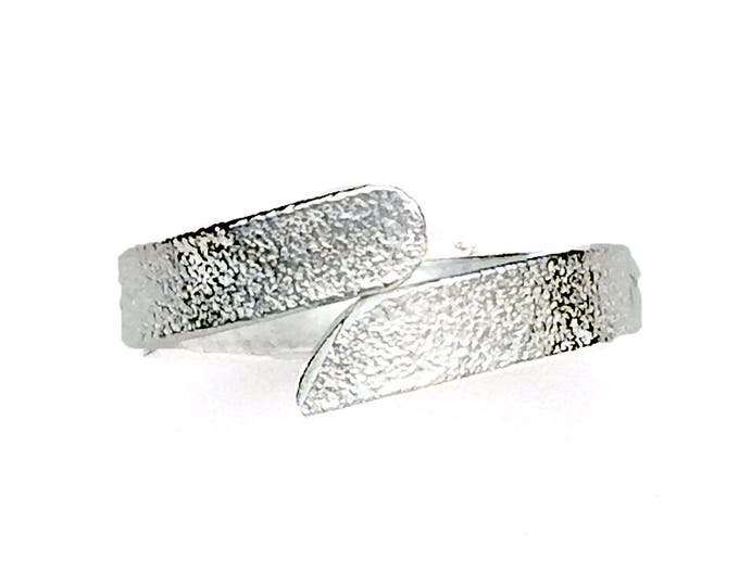 Frosted Finish Adjustable Ring