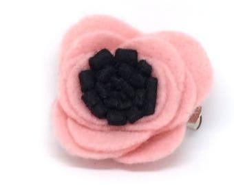 Adorable pink felt Flower Hairclip