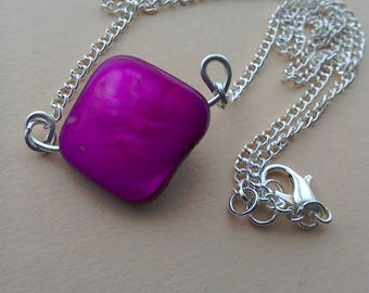 Hot pink purple shell necklace