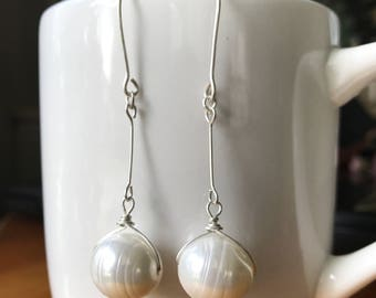 Dangle Earrings, Sterling silver dangle earrings, Pearl earrings, Dangle pearl earrings, Sterling silver earrings, Handmade earring, Earring