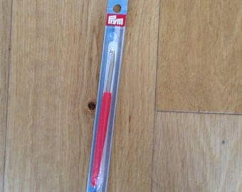Prym 4.5mm crochet hook