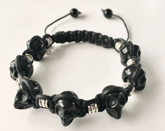 Mens bracelet - Skull bracelet - Black Skull bracelet - Macrame bracelet