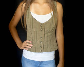 Women's fitted 7 button plaid vest