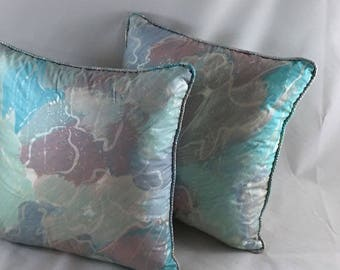 retro vintage piped cushions