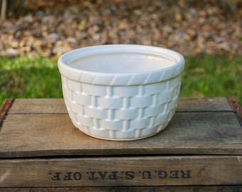 McCoy Planter - McCoy Basketweave Planter - McCoy Basket Planter - White McCoy Basket Planter - Vintage Planter - White McCoy Planter