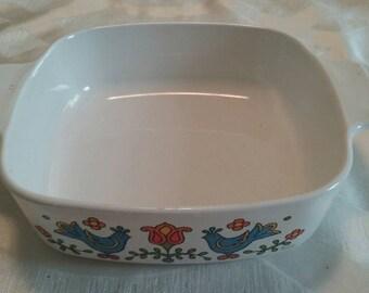 Vintage Corning Ware Cassarole Dish/Bakeware/Colorful/Birds/Range/Oven Use/Aztec/Quart/Used