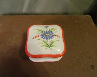 Vintage Hand Painted Trinket Ring Box