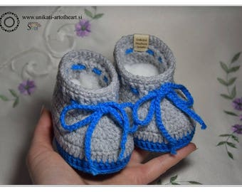 Crochet Baby Shoes / Newborn Baby Shoes / Crochet Baby Booties / Cute Baby Gift / Baby Boy Sneakers / Baby Boy Boots / Baby Boy Shower Gift